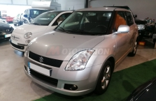 SUZUKI-SWIFT-1.3-4x4-Drive-4