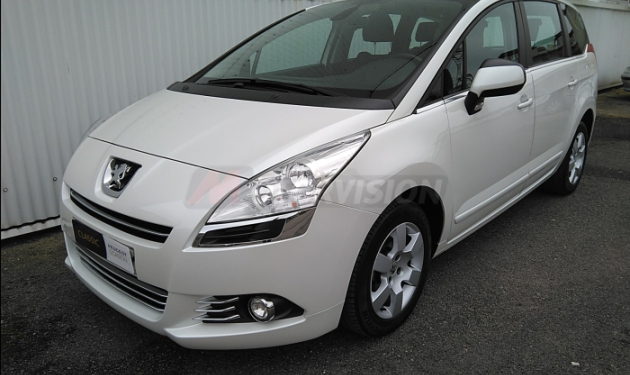 PEUGEOT-5008--1.6-HDi-ACTIVE