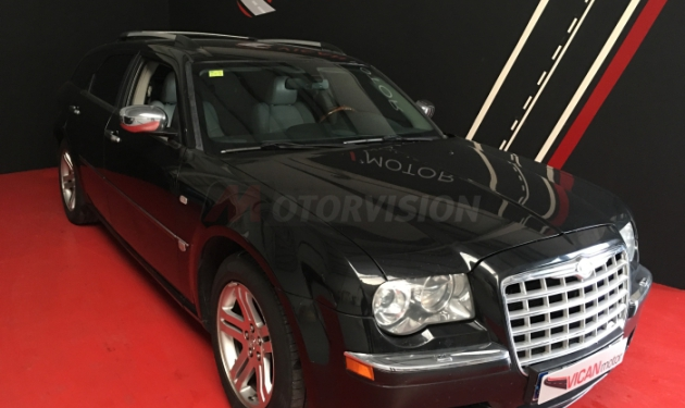 CHRYSLER-300C-TOURING-3.0-CRD-V6-